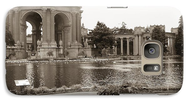 Galaxy Case featuring the photograph Palace Of Fine Arts by Hiroko Sakai