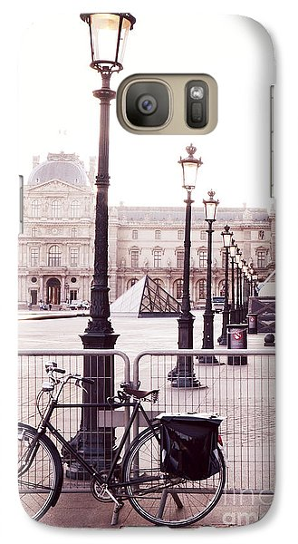 Louvre Galaxy S7 Case - Paris Bicycle Louvre Museum - Paris Bicycle Street Lantern - Paris Bicycle Louvre Museum Street Lamp by Kathy Fornal