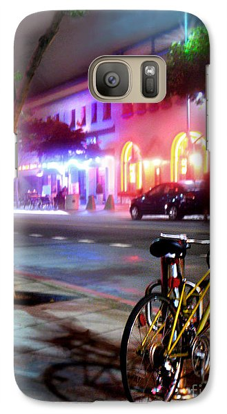 Galaxy Case featuring the photograph Paris In Santa Monica by Jennie Breeze