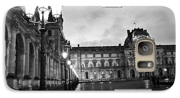 Paris Louvre Museum Lanterns Lamps - Paris Black And White Louvre Museum Architecture Galaxy S7 Case by Kathy Fornal