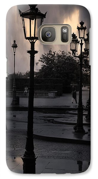 Louvre Galaxy S7 Case - Paris Surreal Louvre Museum Street Lanterns Lamps - Paris Gothic Street Lamps Black Clouds by Kathy Fornal