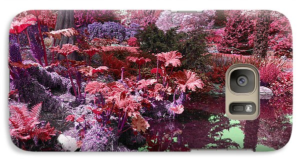 Galaxy Case featuring the photograph Park Pond Red by Laurie Tsemak