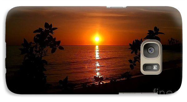 Galaxy Case featuring the photograph Peace At The Beach by Chris Tarpening