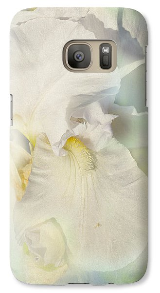 Galaxy Case featuring the photograph Pearl by Elaine Teague