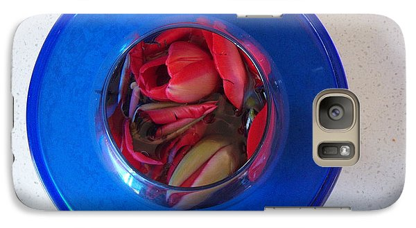Galaxy Case featuring the photograph Petals In Vase In Vase by Conor Murphy