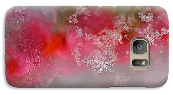 Galaxy Case featuring the photograph Pretty Little Snowflakes by Lauren Radke