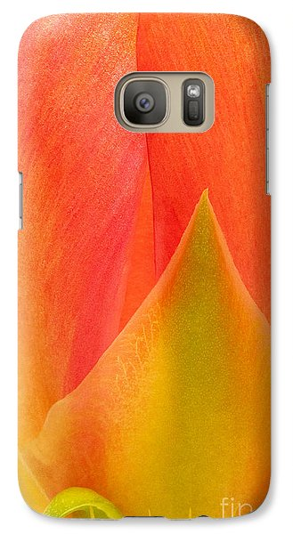 Galaxy Case featuring the photograph Prickly Pear Flower Petals Opuntia Lindheimeni In Texas by Dave Welling