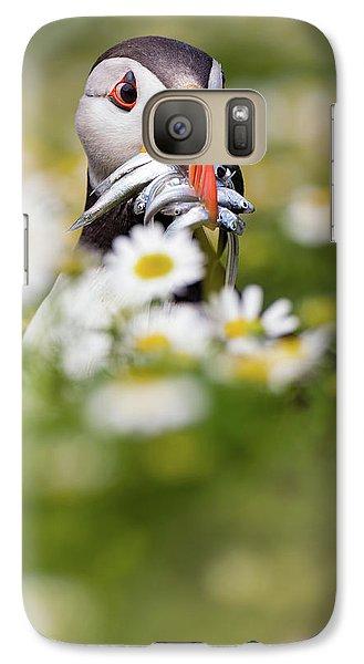 Puffin Galaxy S7 Case - Puffin & Daisies by Mario Su?rez