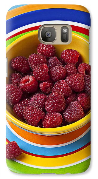 Raspberries In Yellow Bowl On Plate Galaxy S7 Case