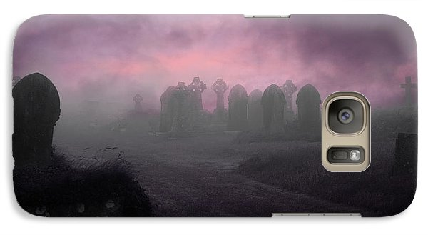 Galaxy Case featuring the photograph Rave In The Grave by Terri Waters