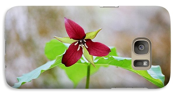 Galaxy Case featuring the photograph Red Trillium by David Porteus