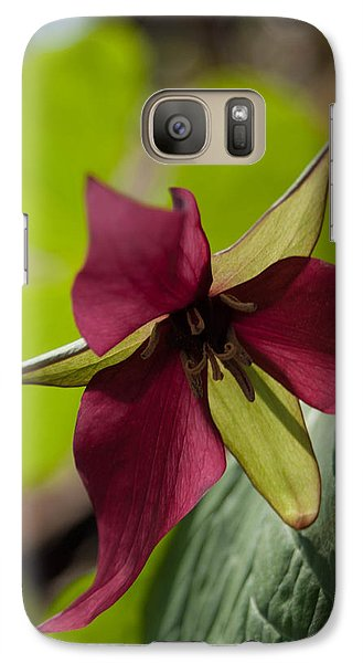 Galaxy Case featuring the photograph Red Trillium - Glspla659 by G L Sarti