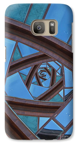 Revolving Blues. Galaxy S7 Case by Clare Bambers