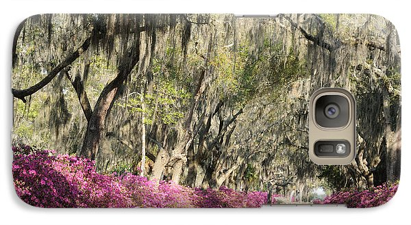 Road With Azaleas And Live Oaks Galaxy S7 Case