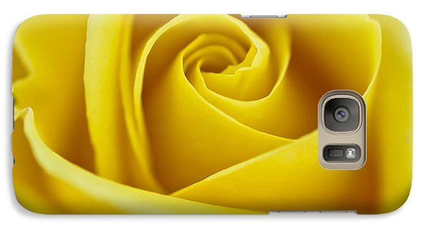 Galaxy Case featuring the photograph Rosa 'freedom' by Lana Enderle