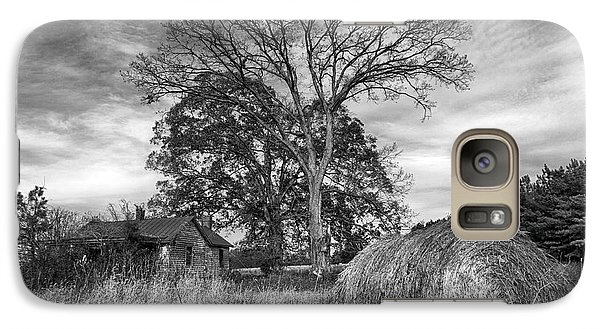 Galaxy Case featuring the photograph Rural America by Alan Raasch
