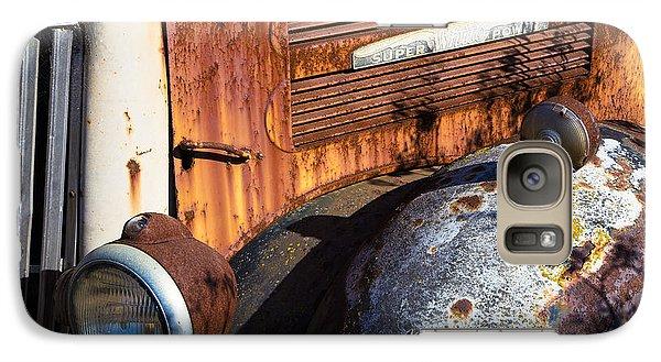Rusty Truck Detail Galaxy S7 Case by Garry Gay