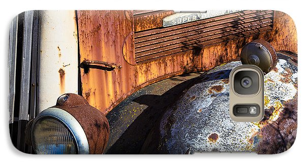 Rusty Truck Detail Galaxy S7 Case by Garry Gay