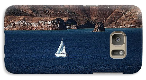 Galaxy Case featuring the photograph Sailing At Roosevelt Lake On The Blue Water by Tom Janca