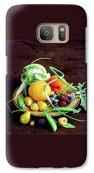 Cauliflower Galaxy S7 Case - Seasonal Fruit And Vegetables by Romulo Yanes