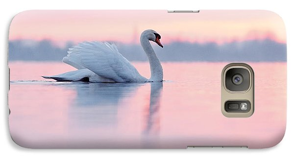 Serenity   Mute Swan At Sunset Galaxy S7 Case by Roeselien Raimond