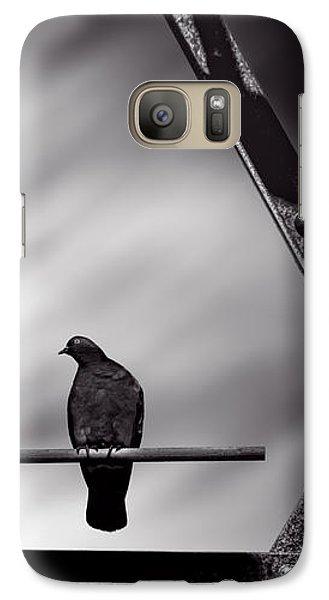 Pigeon Galaxy S7 Case - Sitting On A Stick by Bob Orsillo