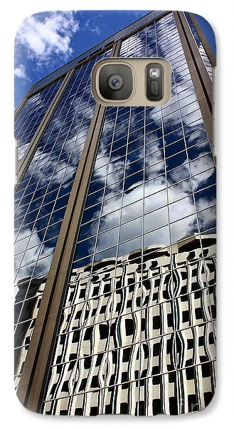 Galaxy Case featuring the photograph Skyward by Linda Bianic