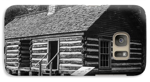 Galaxy Case featuring the photograph Slave Quarters Belle Meade Plantation by Robert Hebert