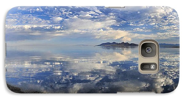 Galaxy Case featuring the photograph Slow Ripples Over The Shallow Waters Of The Great Salt Lake by Sebastien Coursol