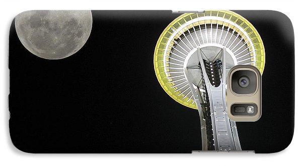 Galaxy Case featuring the photograph Space Needle by David Gleeson