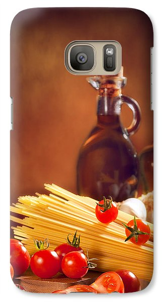 Spaghetti Pasta With Tomatoes And Garlic Galaxy S7 Case by Amanda Elwell