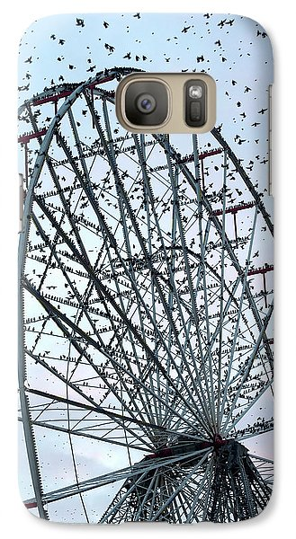 Starlings Galaxy S7 Case - Starling Flock On Blackpool Ferris Wheel by Simon Booth