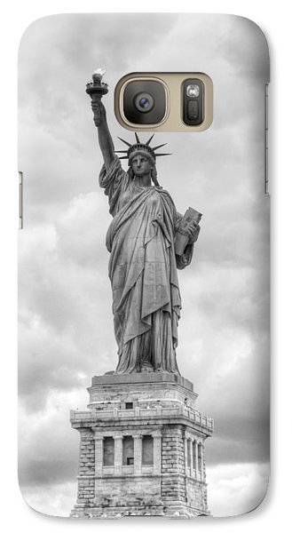 Galaxy S7 Case featuring the photograph Statue Of Liberty Full by Dave Beckerman