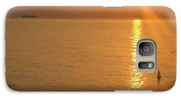 Galaxy Case featuring the photograph Sunrise At Sea by Photographic Arts And Design Studio