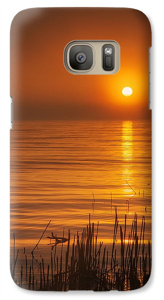 Sunrise Through The Fog Galaxy S7 Case by Scott Norris