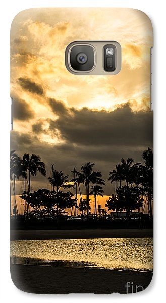 Galaxy Case featuring the photograph Sunset Over Waikiki by Angela DeFrias