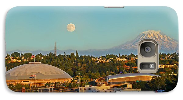 Galaxy Case featuring the photograph Tacoma Supermoon by Jack Moskovita