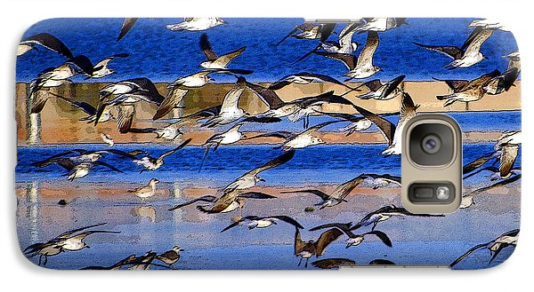 Galaxy Case featuring the photograph Taking Flight by Tom DiFrancesca