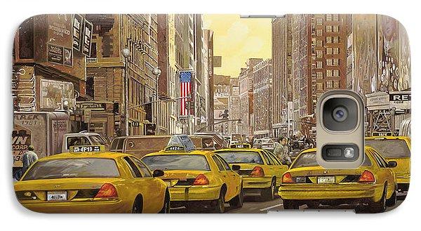 taxi a New York Galaxy S7 Case by Guido Borelli