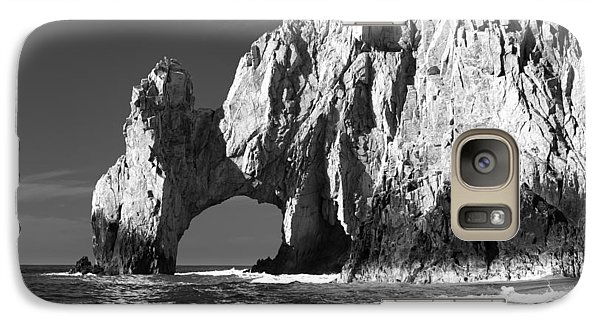 The Arch Cabo San Lucas In Black And White Galaxy S7 Case by Sebastian Musial