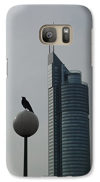 The Crow And The Milleniumtower In Winter Galaxy S7 Case