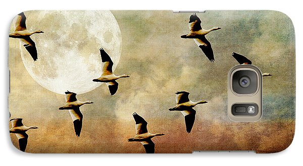 Geese Galaxy S7 Case - The Flight Of The Snow Geese by Lois Bryan