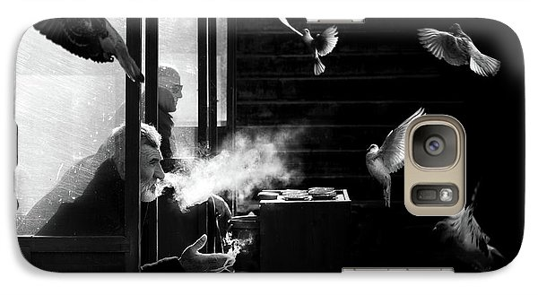 Pigeon Galaxy S7 Case - The Man Of Pigeons by Juan Luis Duran