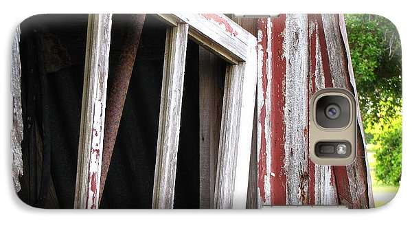 Galaxy Case featuring the photograph The Old Barn by Beth Vincent