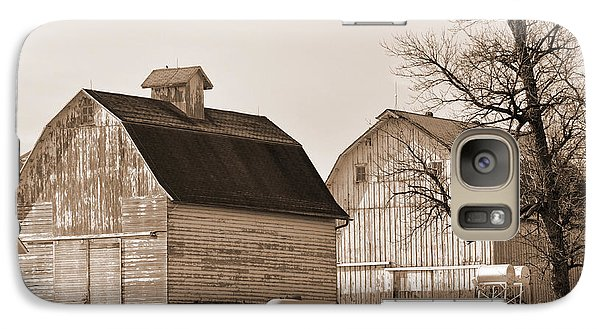 Galaxy Case featuring the photograph The Old Farm by Kirt Tisdale