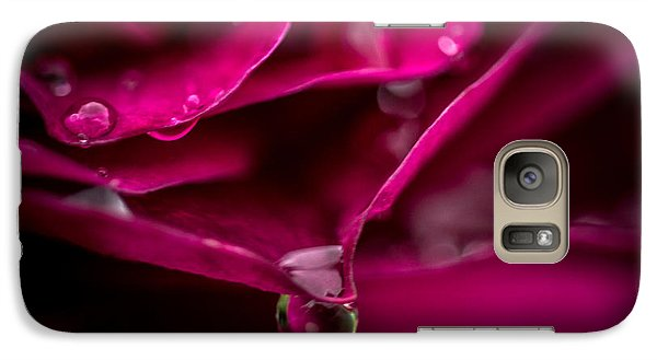 Galaxy Case featuring the photograph The Perfect Drop by Cathy Donohoue
