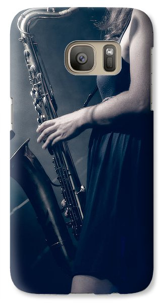 Saxophone Galaxy S7 Case - The Saxophonist Sounds In The Night by Bob Orsillo