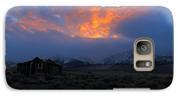 Galaxy Case featuring the photograph The Shack V.1 by Paul Foutz