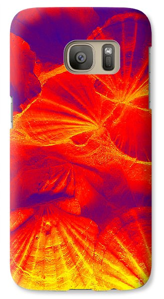Galaxy Case featuring the photograph Thermal Shells by Hanza Turgul