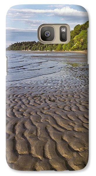 Galaxy Case featuring the photograph Tidal Pattern In The Sand by Jeff Goulden